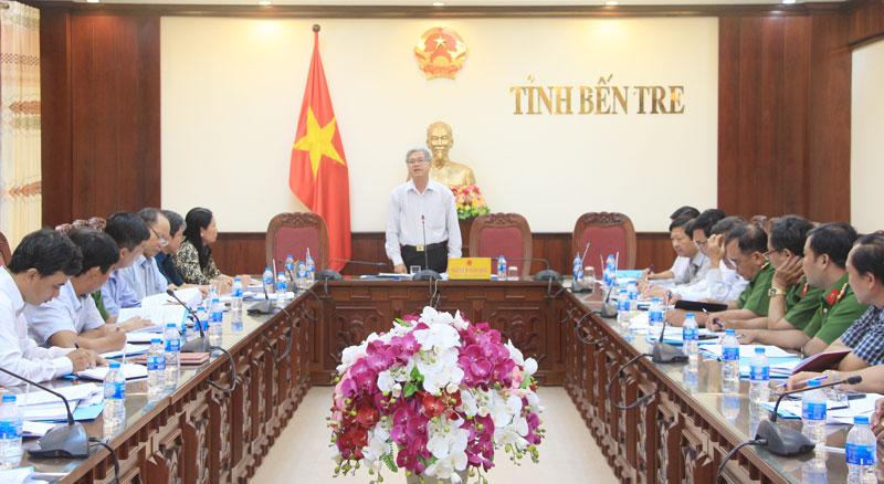 Phó Chủ tịch UBND tỉnh Nguyễn Văn Đức chủ trì buổi làm việc.