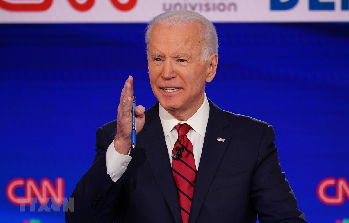 Cựu Phó Tổng thống Mỹ Joe Biden phát biểu trong cuộc tranh luận trực tiếp trên truyền hình ở Washington, DC ngày 15-3-2020. (Ảnh: AFP/TTXVN)