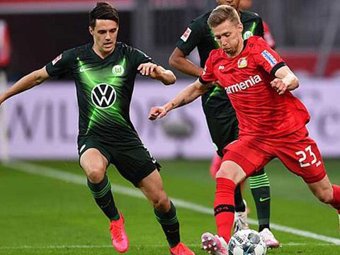 Leverkusen thua tan nát ngay trên sân nhà