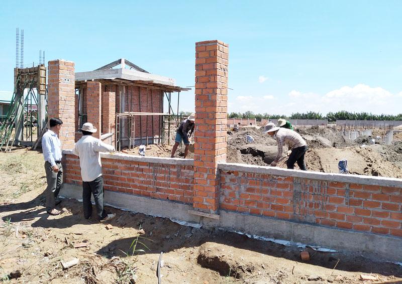 Một góc công trình Trường Tiểu học Thừa Đức đang thi công.