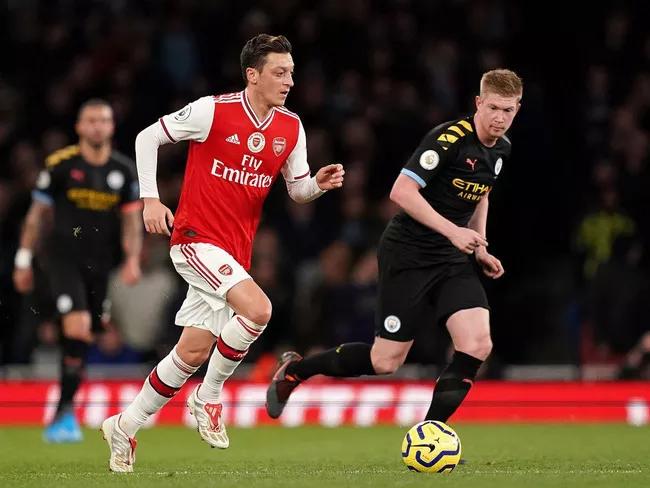 Ngoại hạnh Anh sẽ trở lại từ ngày 17-6 với trận Man City vs Arsenal