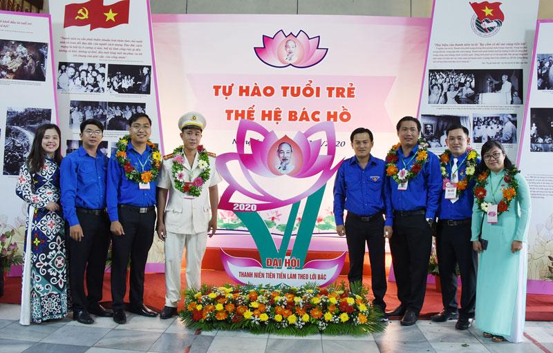 Đoàn đại biểu Bến Tre tham dự Đại hội thanh niên tiên tiến làm theo lời Bác toàn quốc năm 2020 tại TP.Vinh, tỉnh Nghệ An.
