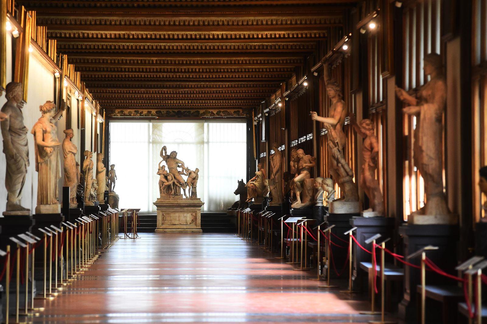 Các bảo tàng và tượng đài ở Italy đang dần mở cửa lại. Ảnh: CNN
