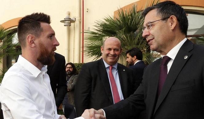 Barca muốn các cầu thủ tiếp tục giảm lương