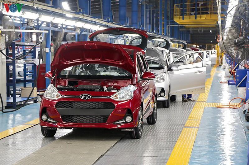 Chính thức giảm 50% lệ phí trước bạ ô tô sản xuất, lắp ráp trong nước.