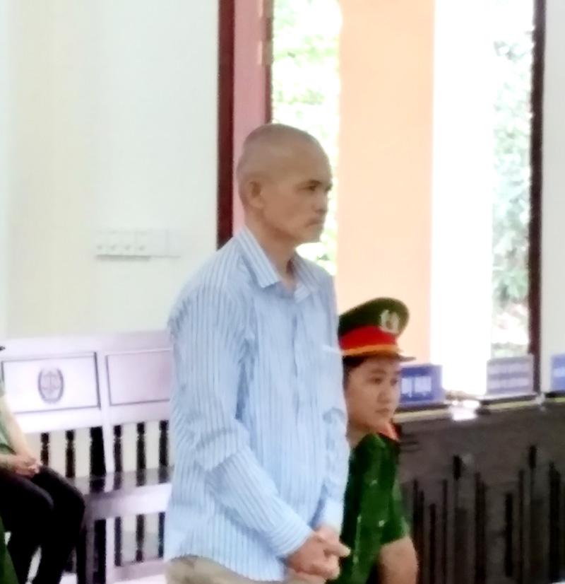 Bị cáo Nguyễn Bảo Quốc tại phiên tòa.