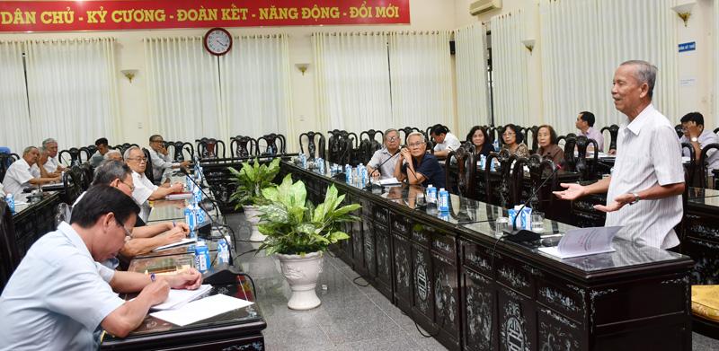 Nguyên phó Thủ tướng Chính phủ Trương Vĩnh Trọng phát biểu tại hội nghị.
