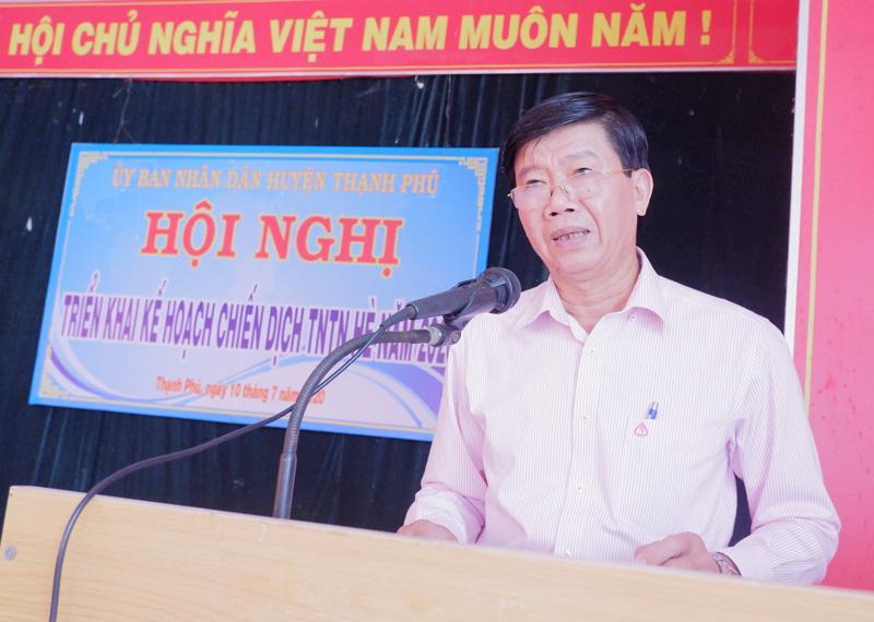 Phó Chủ tịch UBND huyện Nguyễn Ngọc Tân phát biểu. Ảnh: Minh Mừng.