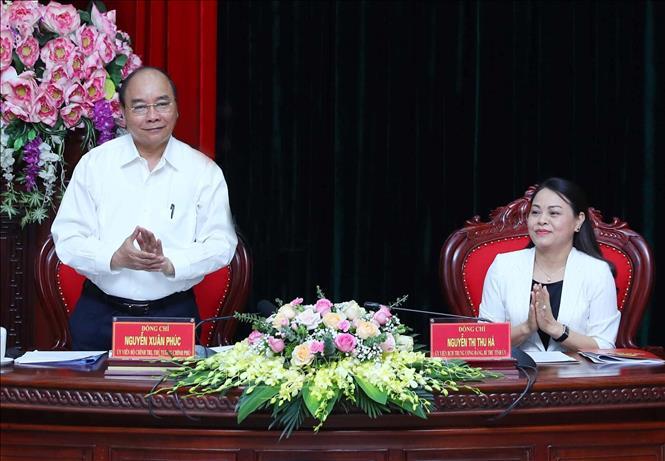 Thủ tướng Nguyễn Xuân Phúc làm việc với lãnh đạo chủ chốt tỉnh Ninh Bình.