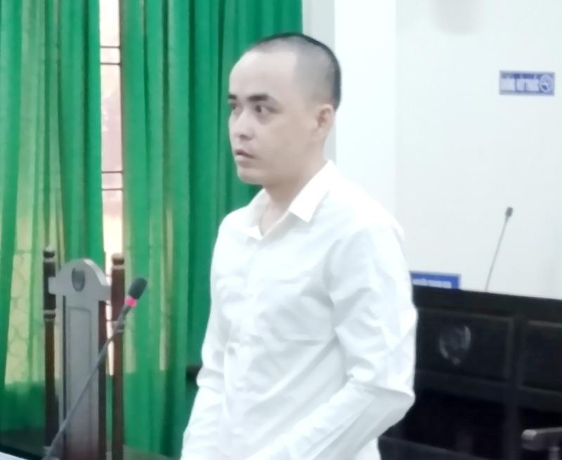 Bị cáo Huỳnh Thanh Nhã tại phiên tòa.