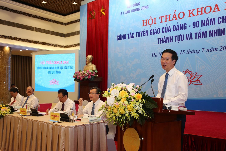 Trưởng Ban Tuyên giáo Trung ương Võ Văn Thưởng phát biểu tại hội thảo. Ảnh: VGP/Đình Nam