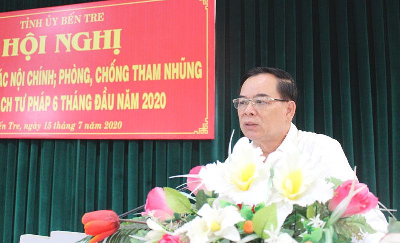 Phó bí thư Thường trực Tỉnh ủy Trần Ngọc Tam phát biểu chỉ đạo tại hội nghị.