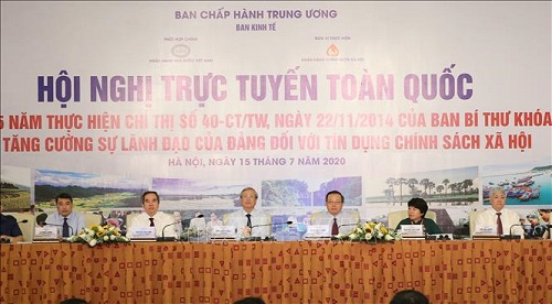 Thường trực Ban Bí thư Trần Quốc Vượng, Trưởng Ban Kinh tế Trung ương Nguyễn Văn Bình cùng các đại biểu dự Hội nghị - Ảnh: TTXVN