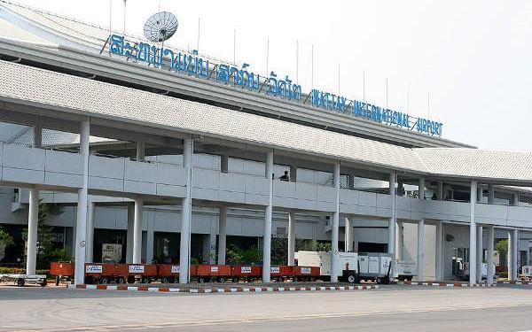 Sân bay quốc tế Wattay vắng vẻ mùa Covid-19.