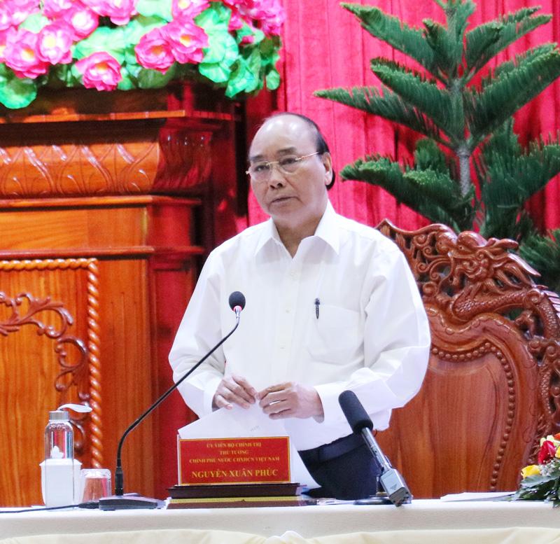 Thủ tướng Chính phủ Nguyễn Xuân Phúc phát biểu chỉ đạo tại buổi làm việc. Ảnh: Quốc Thái