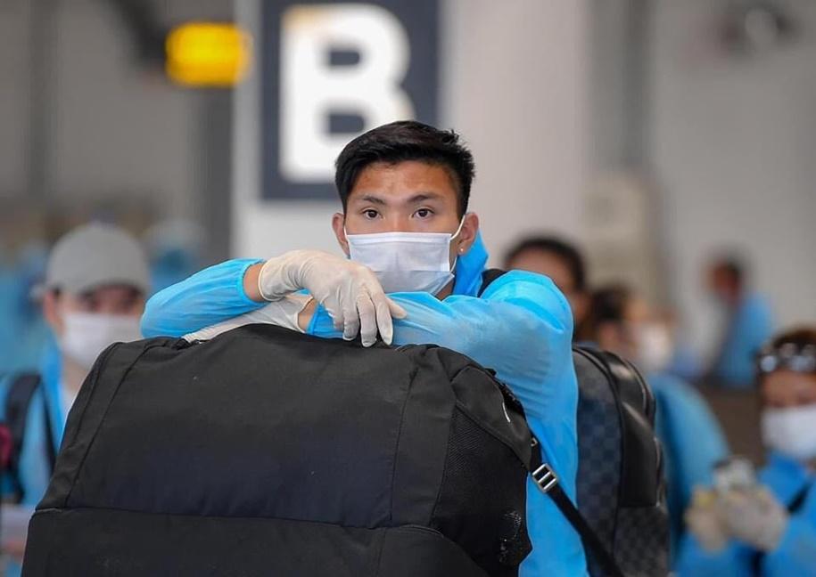 Cầu thủ quê Thái Bình bắt đầu cách ly tập trung trong vòng 14 ngày.