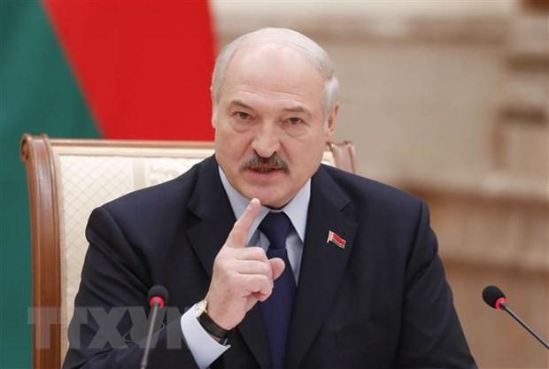 Tổng thống Belarus Alexander Lukashenko phát biểu tại một cuộc họp báo ở Minsk. (Ảnh: AFP/TTXVN)