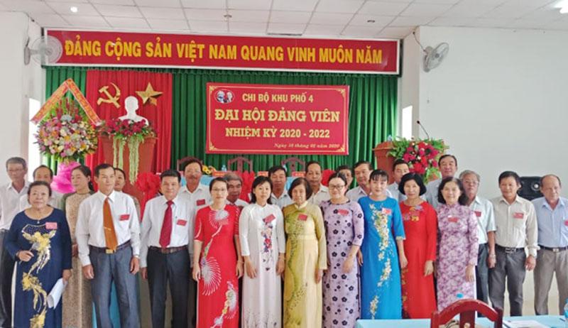Đại hội Đảng viên Chi bộ Khu phố 4, phường Phú Tân, TP. Bến Tre. Ảnh: CTV