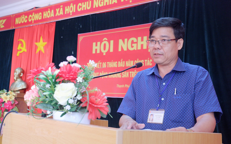 Phó Chủ tịch UBND huyện Mai Văn Hùng phát biểu. Ảnh: Minh Mừng.