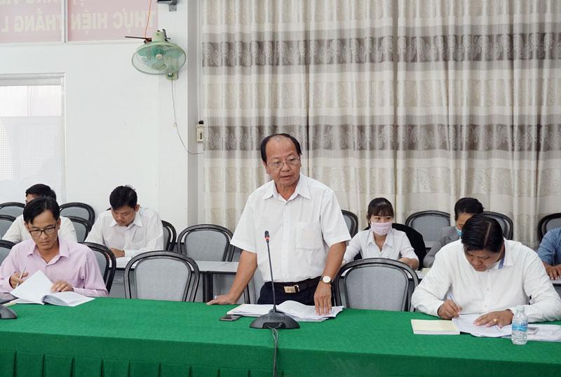 Đại biểu thảo luận góp ý vào các dự thảo Văn kiện trình đại hội.