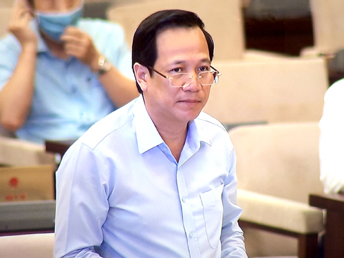 Bộ trưởng Bộ Lao động - Thương binh và Xã hội Đào Ngọc Dung trình bày báo cáo tại phiên họp. Ảnh: VGP/Nguyễn Hoàng