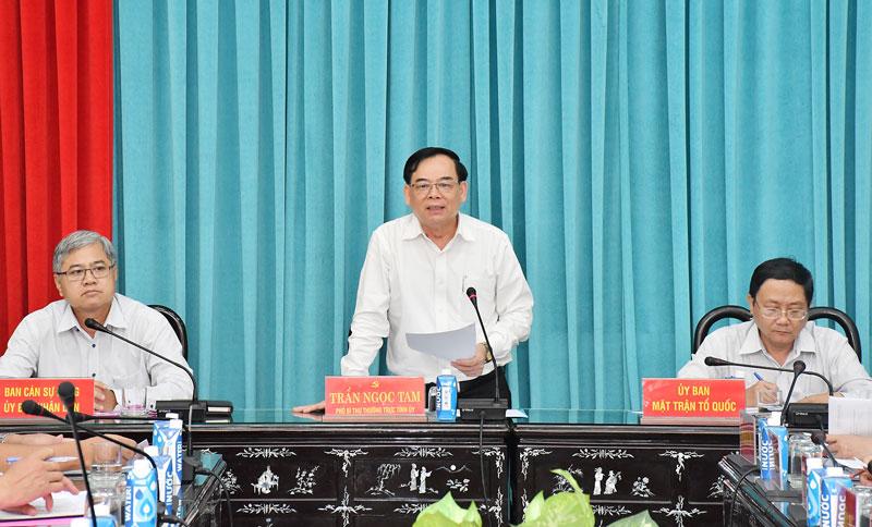 Phó bí thư Thường trực Tỉnh ủy Trần Ngọc Tam phát biểu tại buổi họp giao ban các hội quần chúng. Ảnh: H.Hiệp