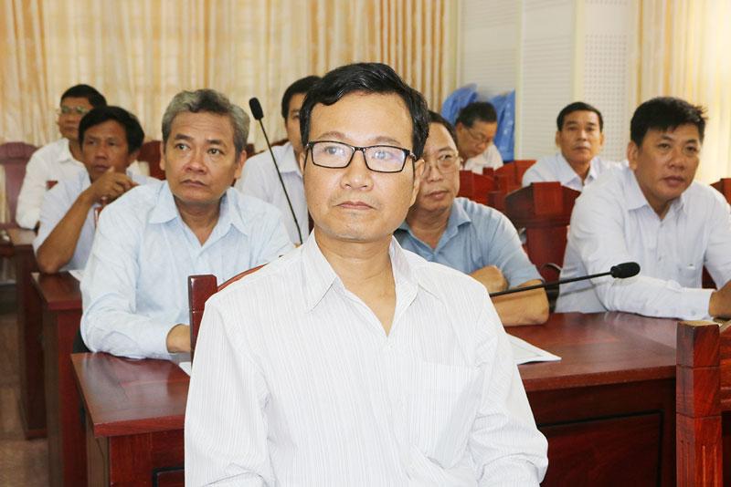 Đại biểu tham dự hội nghị báo cáo viên tháng 8-2020.