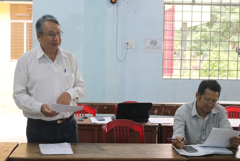 Trưởng ban Tuyên giáo Tỉnh ủy Cao Văn Dũng phát biểu tại buổi làm việc.