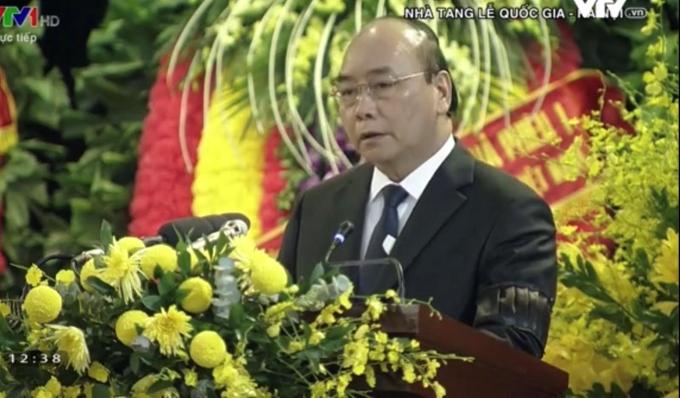 Thủ tướng Chính phủ Nguyễn Xuân Phúc đọc Điếu văn tại Lễ truy điệu  nguyên Tổng Bí thư Lê Khả Phiêu.