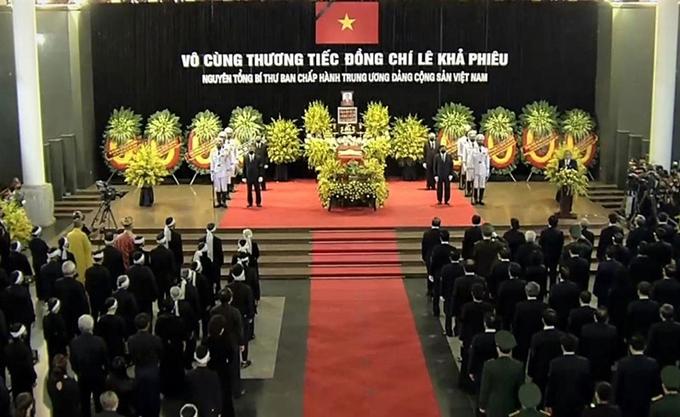 Lễ truy điệu được tổ chức  đồng thời tại Nhà Tang lễ Quốc gia, số 5 Trần Thánh Tông (Hà Nội), Hội trường Thống Nhất (TP. Hồ Chí Minh) và Hội trường 25B (đường Quang Trung, TP. Thanh Hóa, tỉnh Thanh Hóa).
