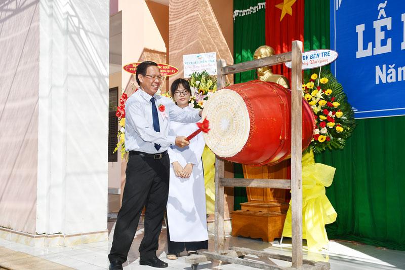 Các trường trên địa bàn tỉnh khai giảng năm học mới