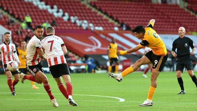 Jimenez mở tỷ số trận đấu ngay từ phút thứ 3
