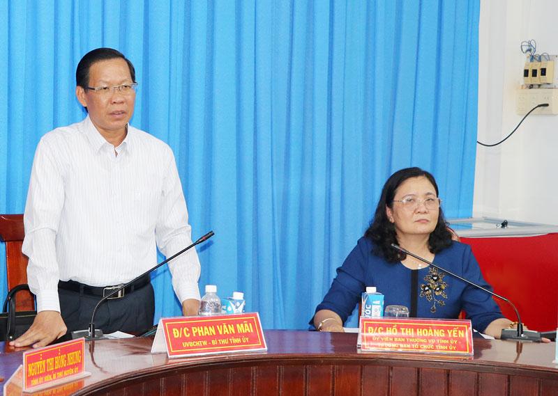 Bí thư Tỉnh ủy Phan Văn Mãi phát biểu tại buổi làm việc. Ảnh: T.Thảo