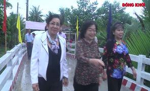 Nguyên Phó chủ tịch nước Trương Mỹ Hoa dự lễ khánh thành cầu Kỷ Lục, xã Châu Bình