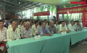 Bí thư Tỉnh ủy dự Ngày hội Đại đoàn kết toàn dân tộc tại ấp Giồng Chùa, xã Tân Lợi Thạnh