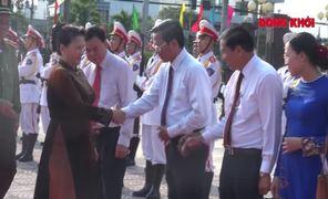 Chủ tịch Quốc hội Nguyễn Thị Kim Ngân chúc Tết tại Bến Tre