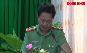 Bí thư Tỉnh ủy Phan Văn Mãi làm việc với Công an tỉnh