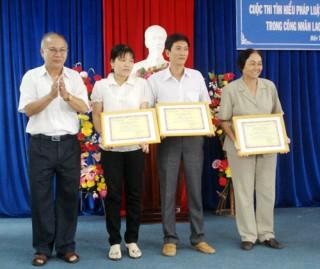 Đẩy mạnh công tác tuyên truyền, giáo dục về công tác bảo hộ lao động trong CNVC - LĐ