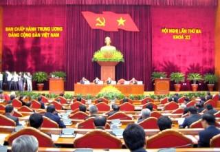 Thông báo Hội nghị lần thứ ba Ban Chấp hành Trung ương Đảng Khóa XI