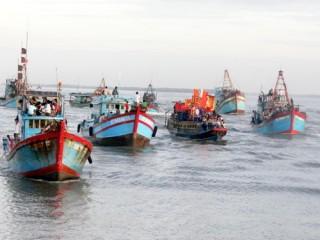 Nghiệp đoàn nghề cá tiếp sức cho ngư dân bám biển