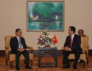 Thủ tướng Nguyễn Tấn Dũng tiếp Phó Thủ tướng Lào