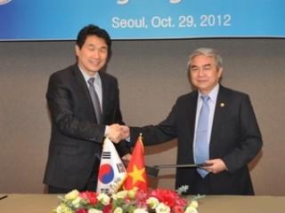 Hàn Quốc và Việt Nam ký Bản ghi nhớ về hợp tác khoa học và công nghệ