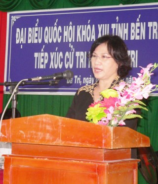 Đoàn đại biểu Quốc hội tỉnh tiếp xúc cử tri huyện Ba Tri, Giồng Trôm