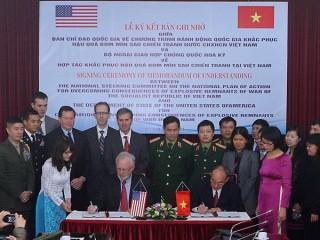 Việt Nam và Hoa Kỳ hợp tác khắc phục hậu quả bom mìn