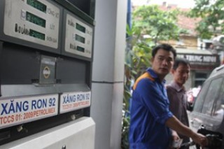 Giá dầu diesel giảm hơn 300 đồng mỗi lít từ ngày 27/1