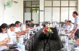 Đồng chí Nguyễn Quốc Bảo - Phó Bí thư Thường trực Tỉnh ủy làm việc với Khối Nội chính Tỉnh