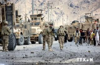 Liên quân Anh - Mỹ hạ cờ, chuẩn bị rút quân chính thức khỏi Afghanistan