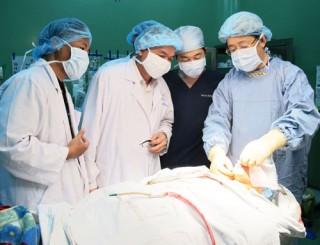 Phẫu thuật thành công ca bướu máu lưỡi