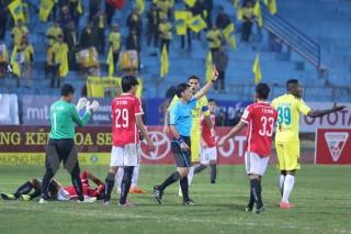 SHB Đà Nẵng và Hải Phòng dính án phạt nặng sau trận đấu 11 thẻ