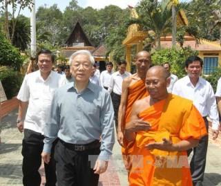 Tổng Bí thư Nguyễn Phú Trọng thăm và làm việc tại Trà Vinh